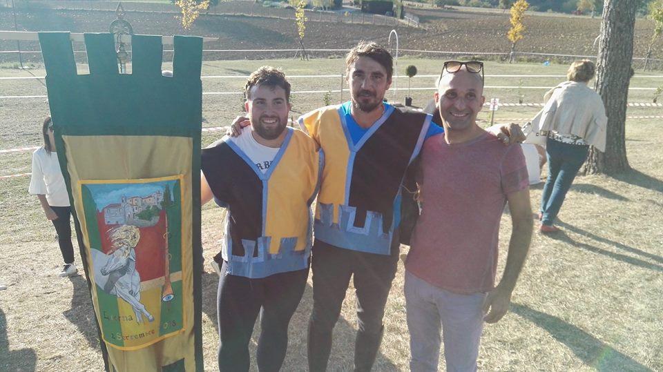 """I vincitori del palio... I giostratore del rione """"La Crocina"""""""