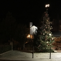Lierna avvolta da luminarie natalizie 2