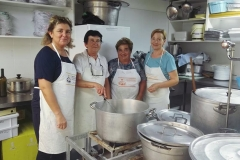 Le cuoche Michela, Fulvia, Loretta e Adriana